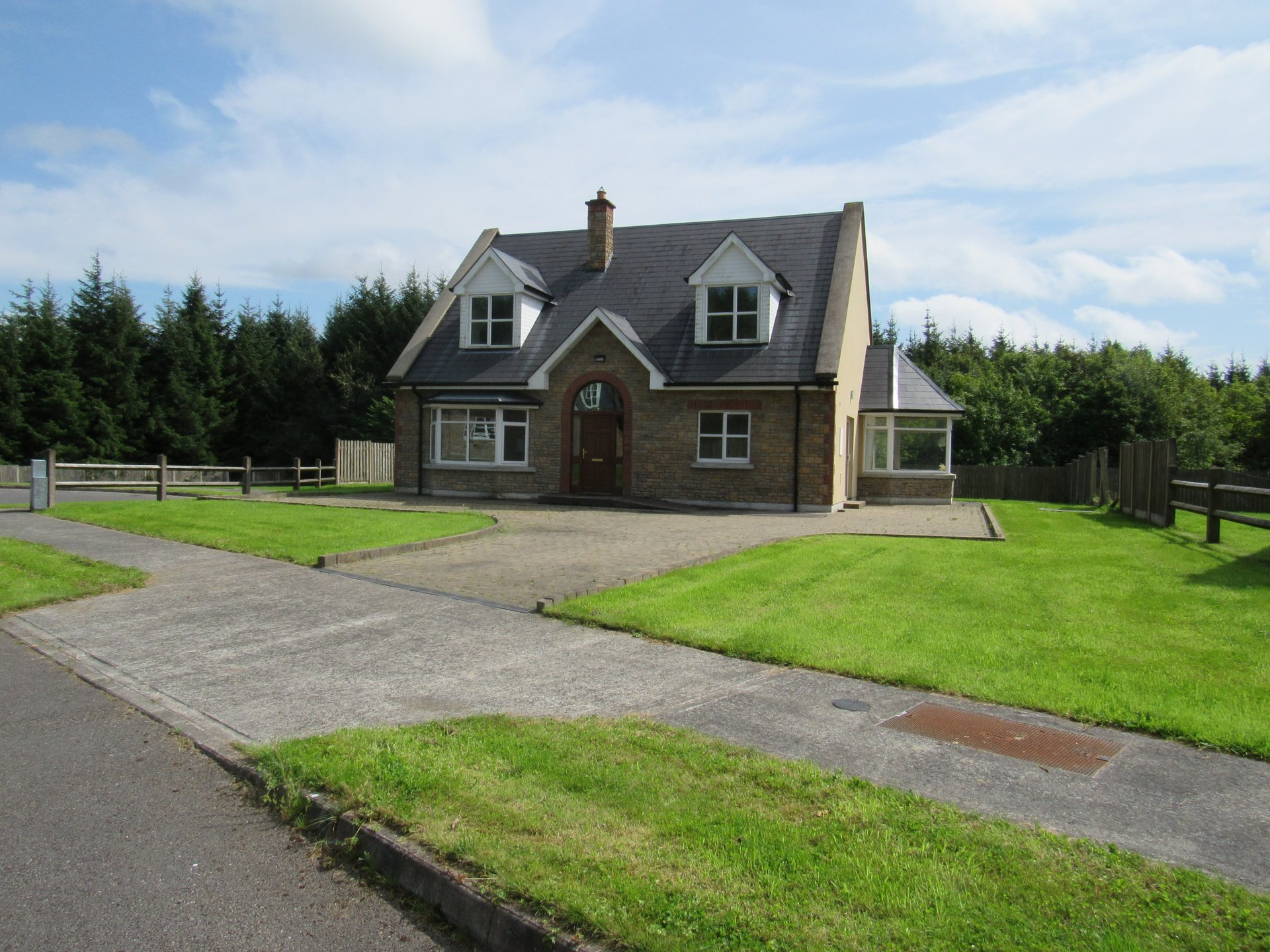 No. 4 Shanagolden, Rooskey, Co. Roscommon    N41 KD58